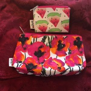 💄NEW Clinique Cosmetic bags by Vera Neumann